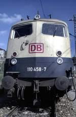 berlin-deutsche-bahn-ag/593650/110-458-7-in-ulm-am-tag 110 458-7 in Ulm am Tag des Lokführers am 20.09.1992 (Diascan).